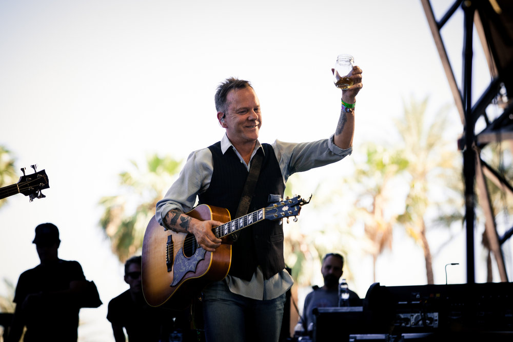 Kiefer Sutherland_Mitch Brown_Stagecoach_E0025839.jpg