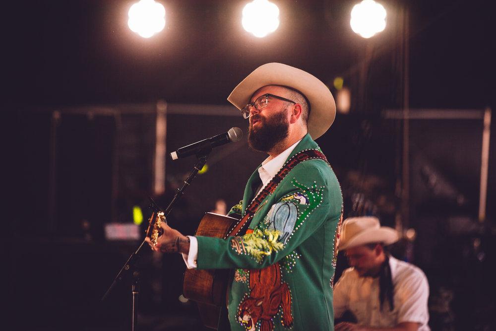 Joshua Hedley, Palomino, Stagecoach 2018.jpeg