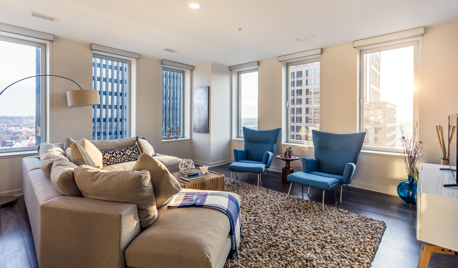 The $3,000 Apartment: What You'll Get in ROC vs  NYC — the