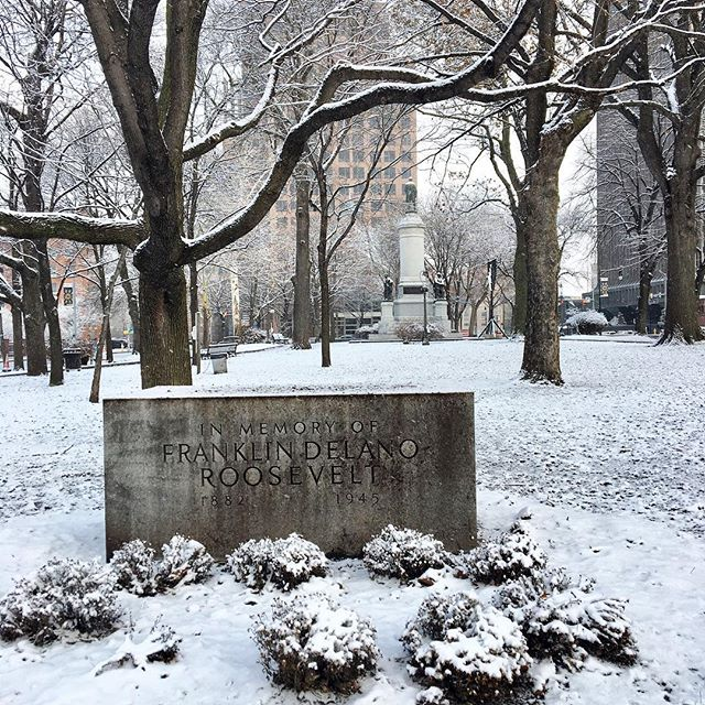 It might be cold, but this snow is quite beautiful! Washington Square Park was so peaceful this morning, too. #explorerochester #roctopshots #rochesterny #thisisroc #visitroc #rochesternewyork