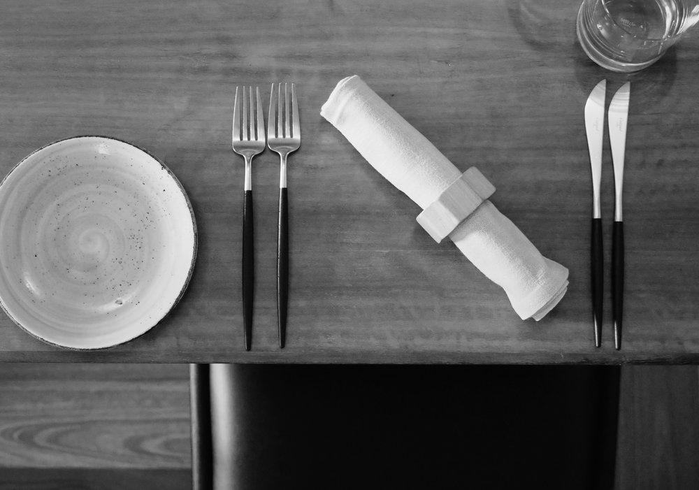 ELEGANT AUSTRALIAN DINING