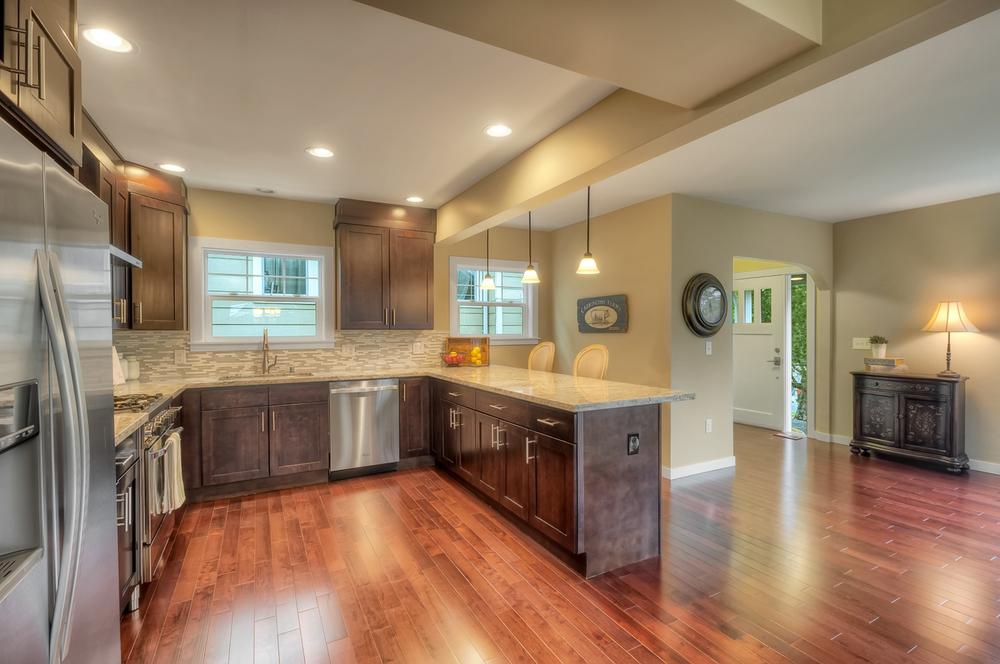 Mt Baker 4 kitchen .jpg