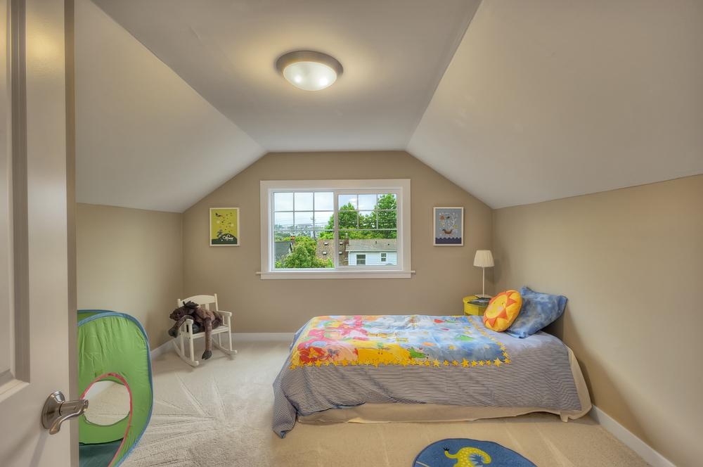 Mt baker 17 bedroom.jpg
