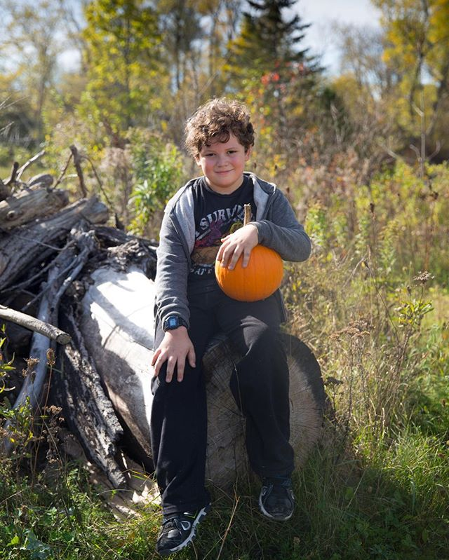 This boy makes my heart smile!❤️❤️❤️❤️❤️❤️❤️❤️❤️❤️❤️❤️#photography #portrait #portraitphotography #boy #myboy #outdoors #naturallight #pumpkins #handsome #love #stunning #depthoffield #portraits #canon5dmarkiii #henailedit #model #ilovehim #myheart