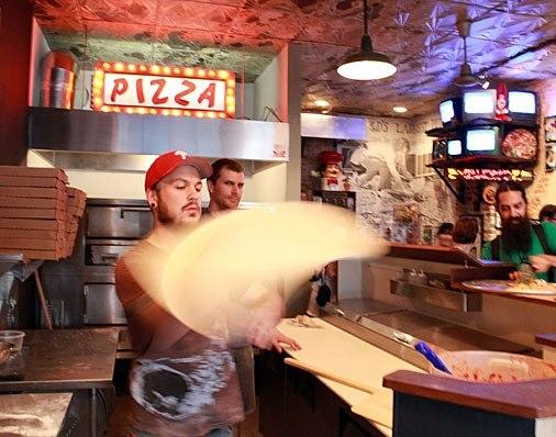 item4.rendition.slideshowHorizontal.5-pizza-brain-philadelphia-museum-chef-joseph-hunter.jpg