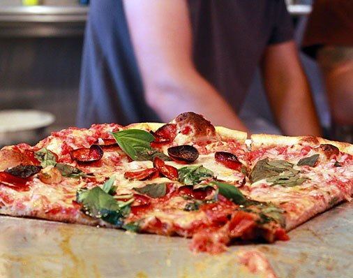 item5.rendition.slideshowHorizontal.6-pizza-brain-philadelphia-museum-pizza.jpg