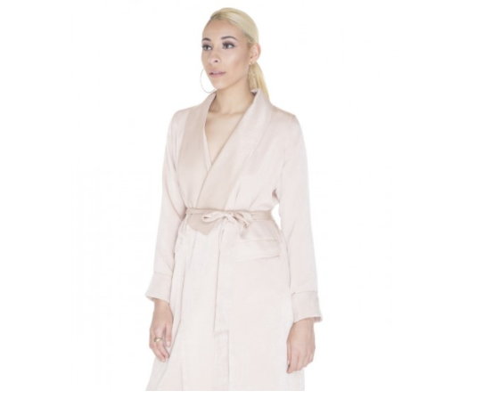 Hammered Satin Luxe Duster – Neon Rose - This duster, like Yeezy's, is neutral, oversized and sheer perfection. Dusters are a bold fashion choice but pay off in the end. Lightweight, breathable, and elegant, this piece can be worn for any occasion in any weather. Pair it with light-washed denimand a white top on a sunny day or throw it over an all black look to add a pop of color and dominate those winter months.