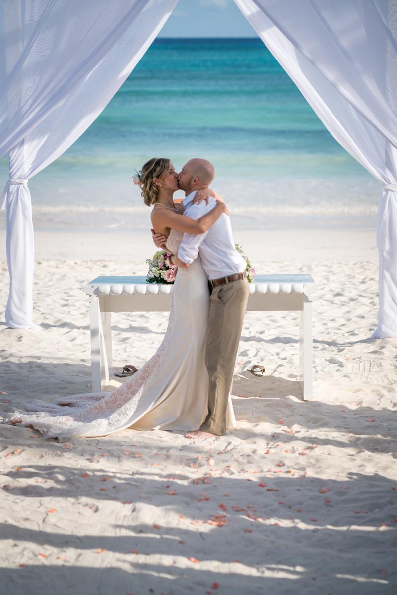 robinson_wedding-668_web.jpg