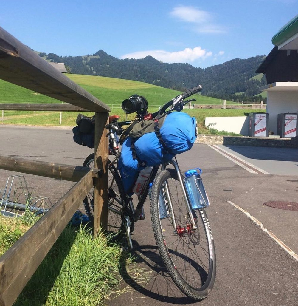 Bikepacking Trev in Switzerland