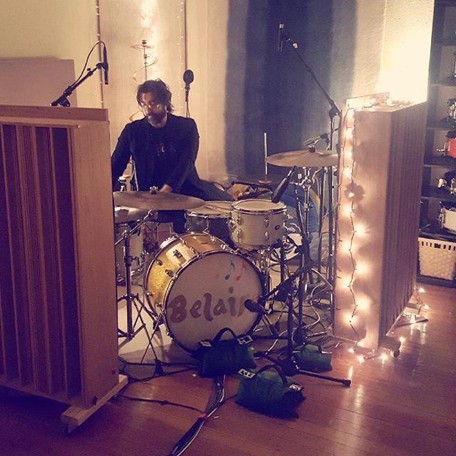 Sweet dreams y'all, 😘✨🐑☁️💕🏄🏼♂️💋🌚☁️☁️☁️🐑💫💕✨💋🌚☁️🐑 -Die Blonde . . . . . . #newmusic #comingsoon #dieblonde #dieblondeband #onlythegooddieblonde #livefastdieblonde #blondeshavemorefun #recordingstudio #band #austinmusic #rock #rocknroll #texas #atx #sweetdreams #goodnight #love #drums #bass #record #lights #