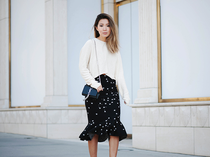 star-skirt-cream-sweater-5.jpg