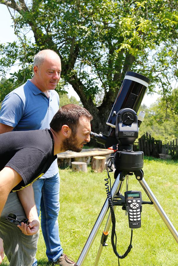 Ηλιακή παρατήρηση με τηλεσκόπιο.
