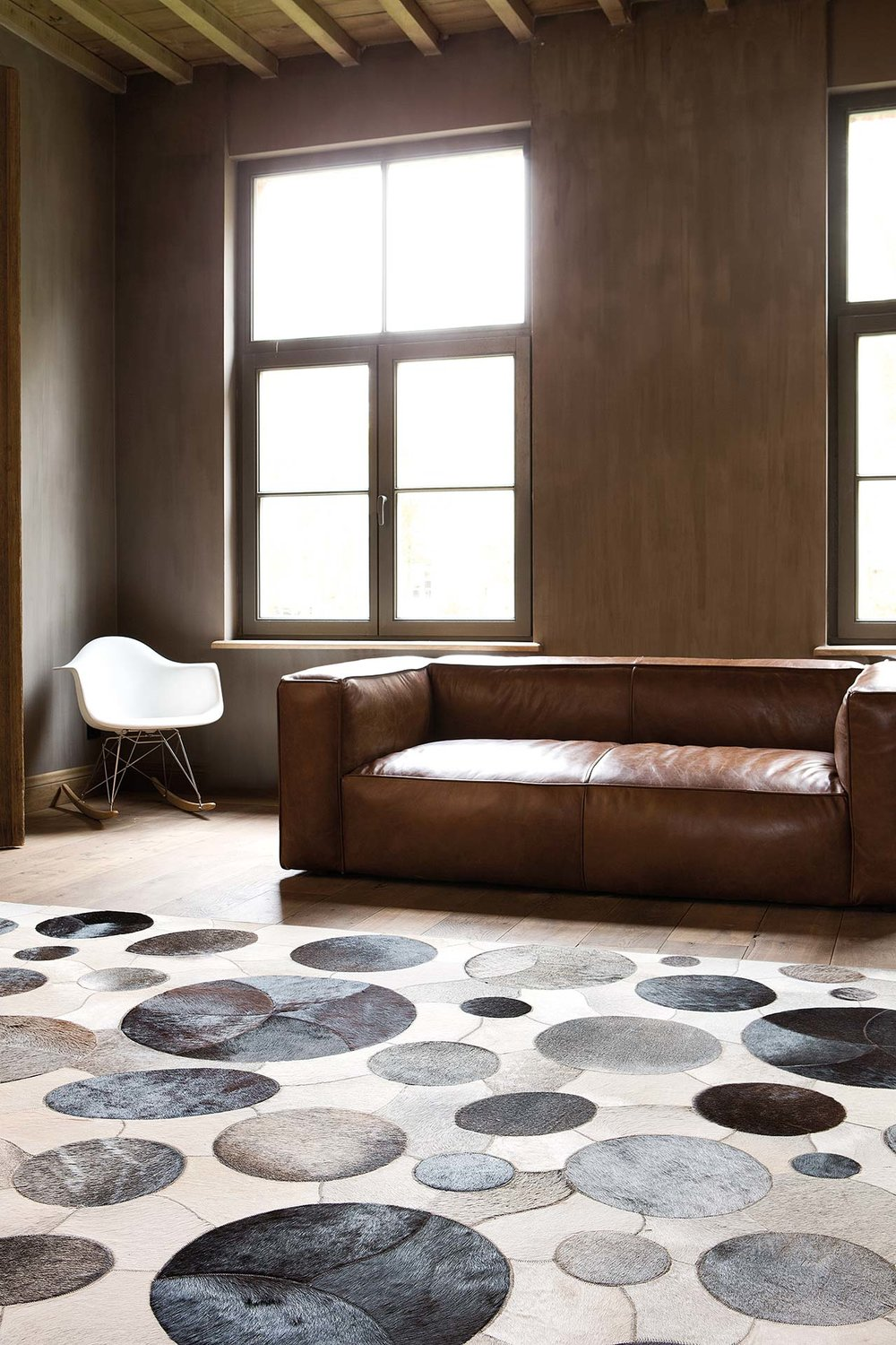 sphere-grey-taupe_sfeerbeeld_limited-edition_carpets.jpg