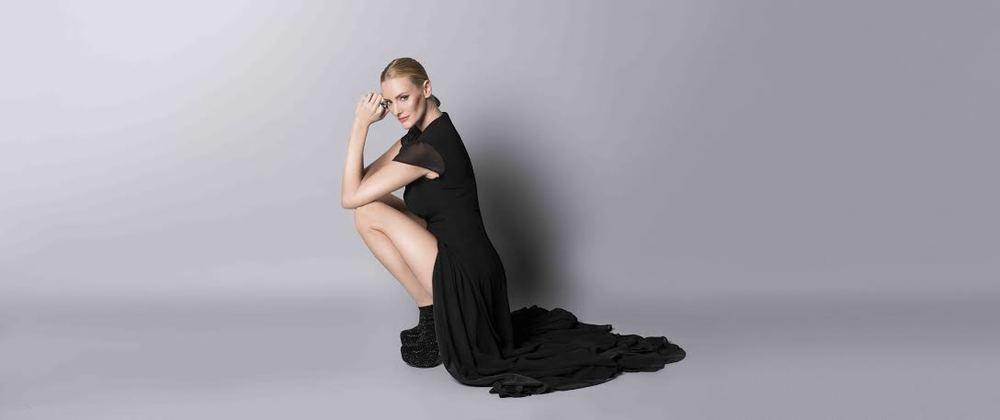 AmandaDyer-LIVNovember2015.jpg