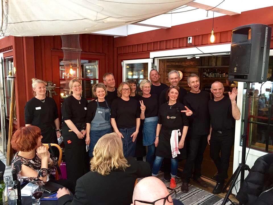 Skatans ARH Fundraiser Group Pic.jpg