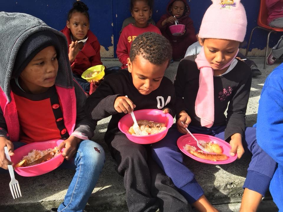 Art_Children eating 2.jpg