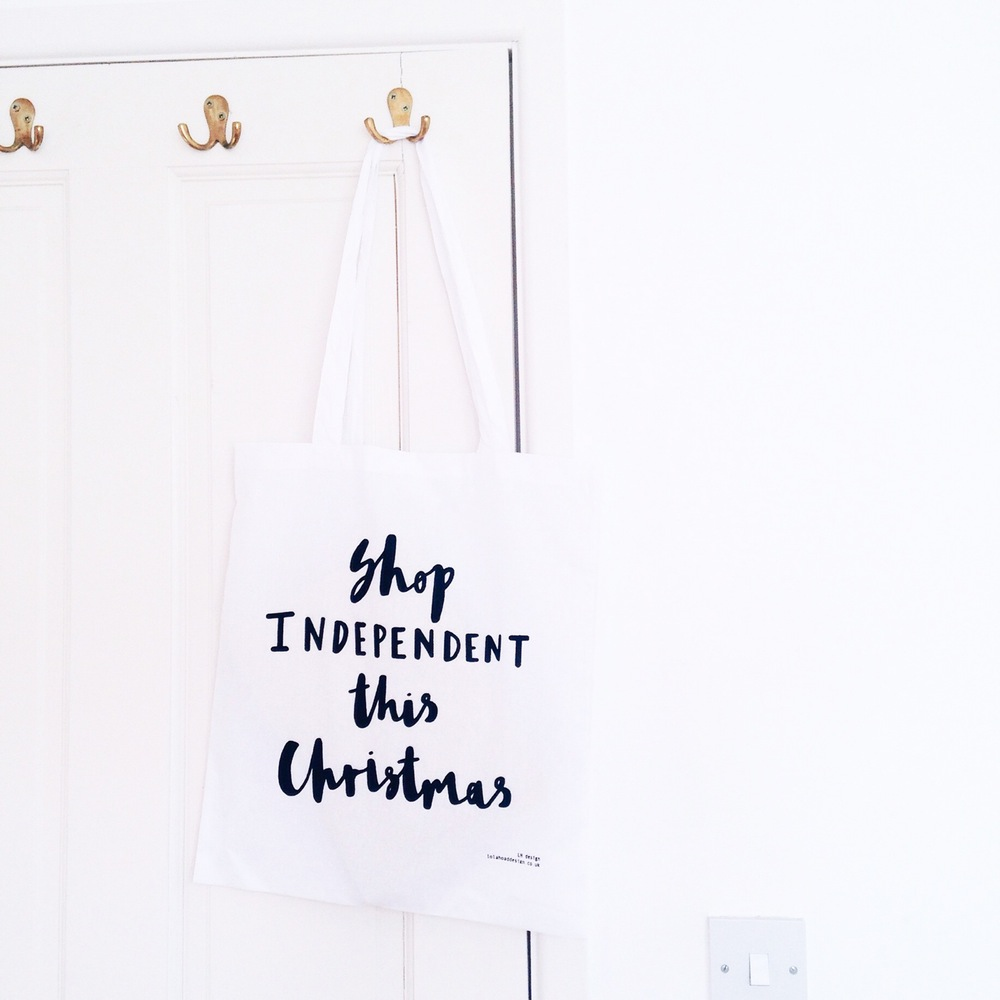 shop_independent_this_christmas_tote_bag