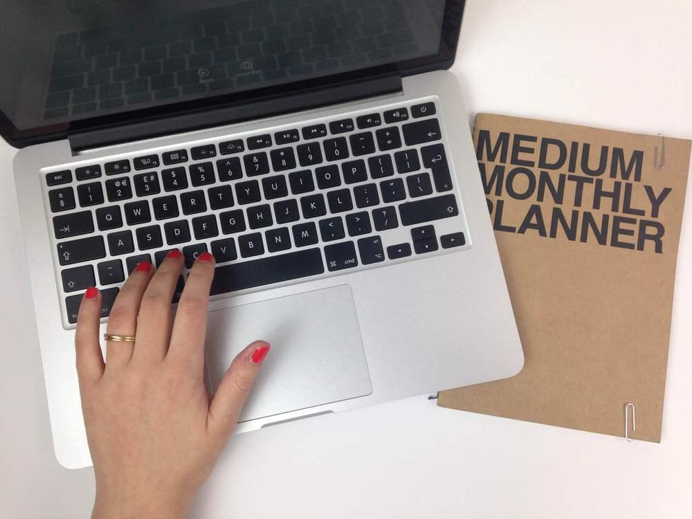 LizMosley_Desk