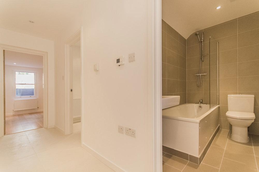 villa hall bath.jpg