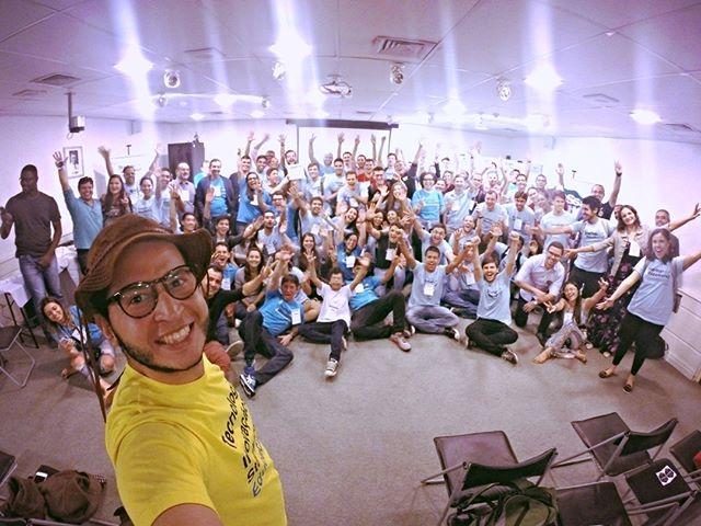 O Startup Weekend é um evento de imersão, uma experiência única, onde empreendedores e aspirantes a empreendedores podem descobrir se suas ideias de startups são viáveis. No último final de semana, foi a vez da saúde! É isso aí. O Startup Weekend Health Care - primeiro do nordeste e terceiro do Brasil - aconteceu no Instituto do Câncer do Ceará, com cerca de 100 participantes. Nas 54 horas de intenso trabalho, 11 startups foram formadas para elaborar soluções inovadoras para solucionar problemas na área da saúde. Um grande sucesso! #iccbiolabs #icc #vempraelephant #swhealthcare #startupweekend