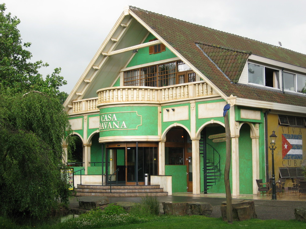 AVIFAUNA BIRDS ZOO <strong>| Upgrading of décor and theming at Avifauna park, the Netherlands</strong>