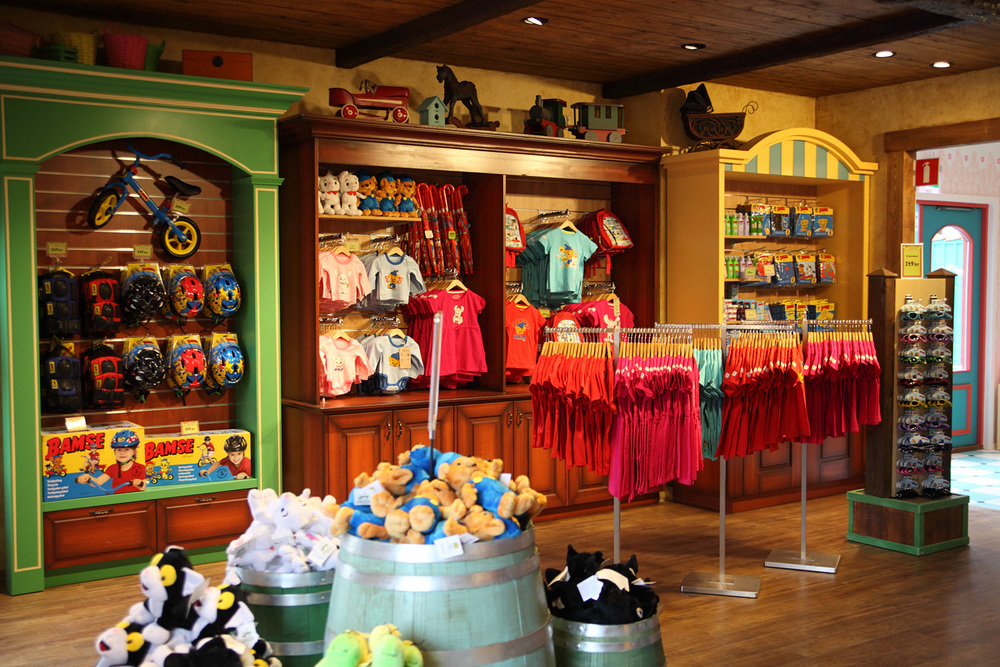 BAMSE TOY STORE <strong>| Comic inspired Bamse toy store brought to life</strong>
