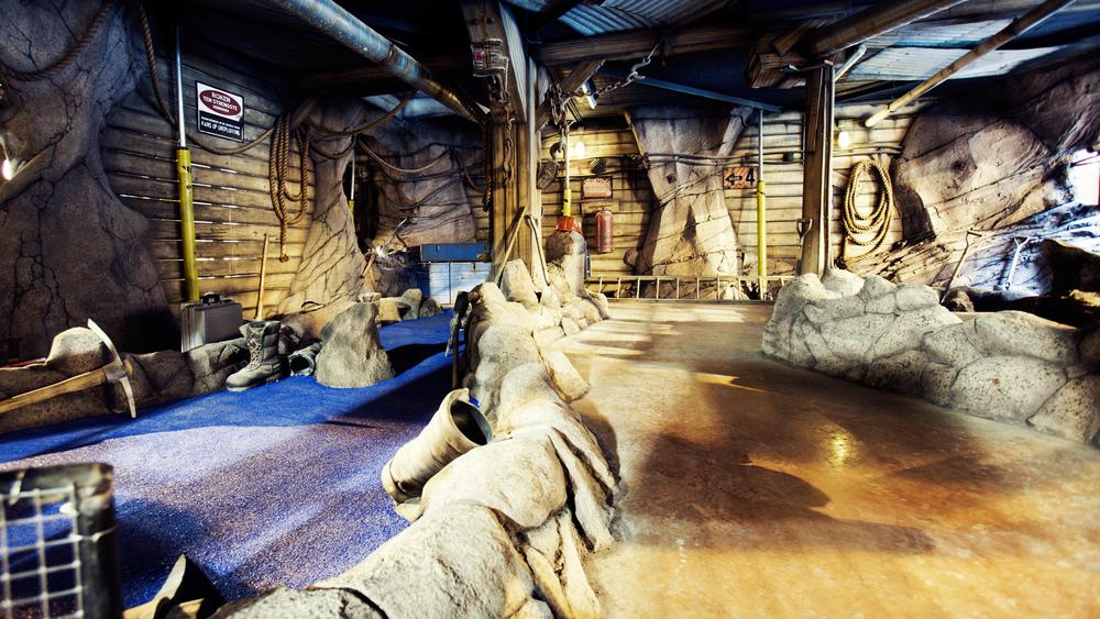 "THEA AWARD 2009<strong>THEA Award für ""die vergessene Mine"" Minigolf Attraktion, Molenheide, Belgien</strong>"
