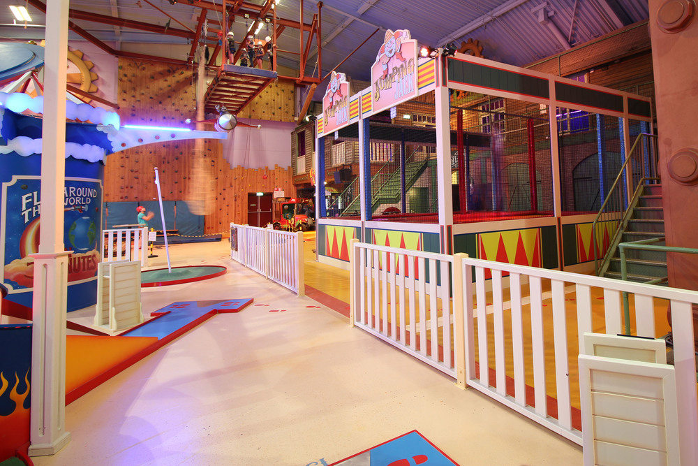 CENTER PARCS' ACTION FACTORY <strong>| A highly themed Center Parcs' Action Factory</strong>