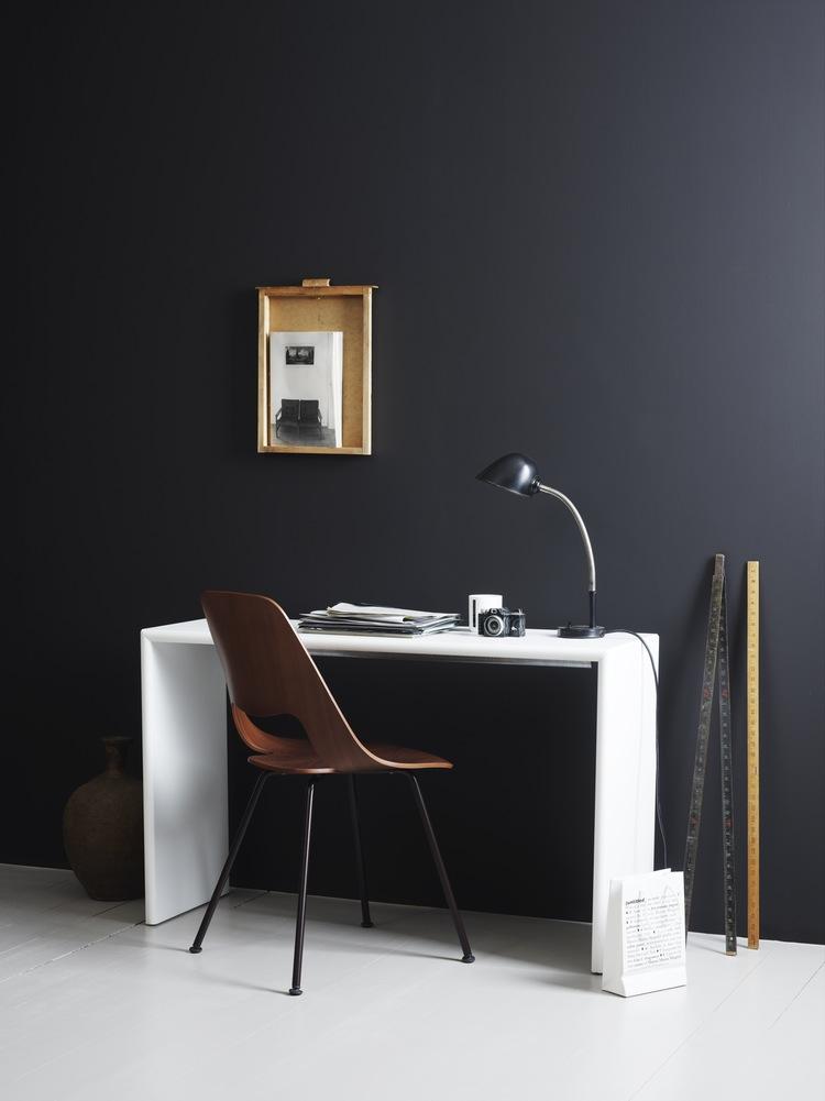 hey-yeh-dark-walls-decor-04