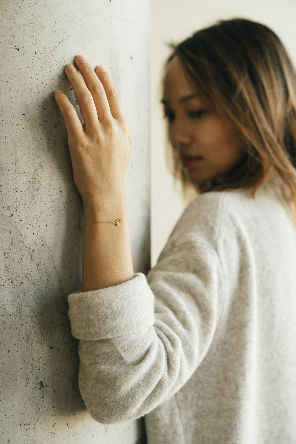 hey-yeh-joyce-chiang-calligraphy-bracelet-01S.jpg
