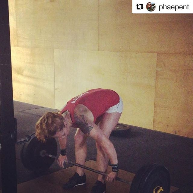 #Repost @phaepent ・・・ 5x2 clusters @ 125, 135, 150#. Thanks @madisrad_1 for filming and the #awyeah  Then the class wod  20 thrusters (95/65)  400m Run 🏃♀️ 40 thrusters  800m Run 😩  #liftingisfun #runningisnot #crossfitupshot