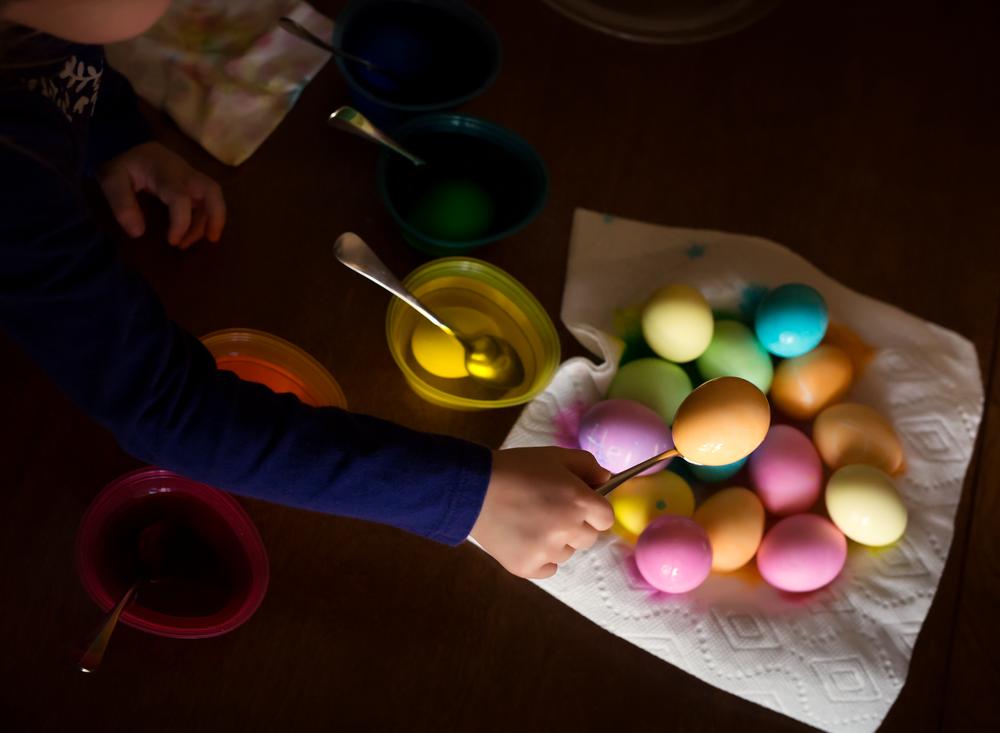 7909-Easter-egg-dye-2016-Edit.png