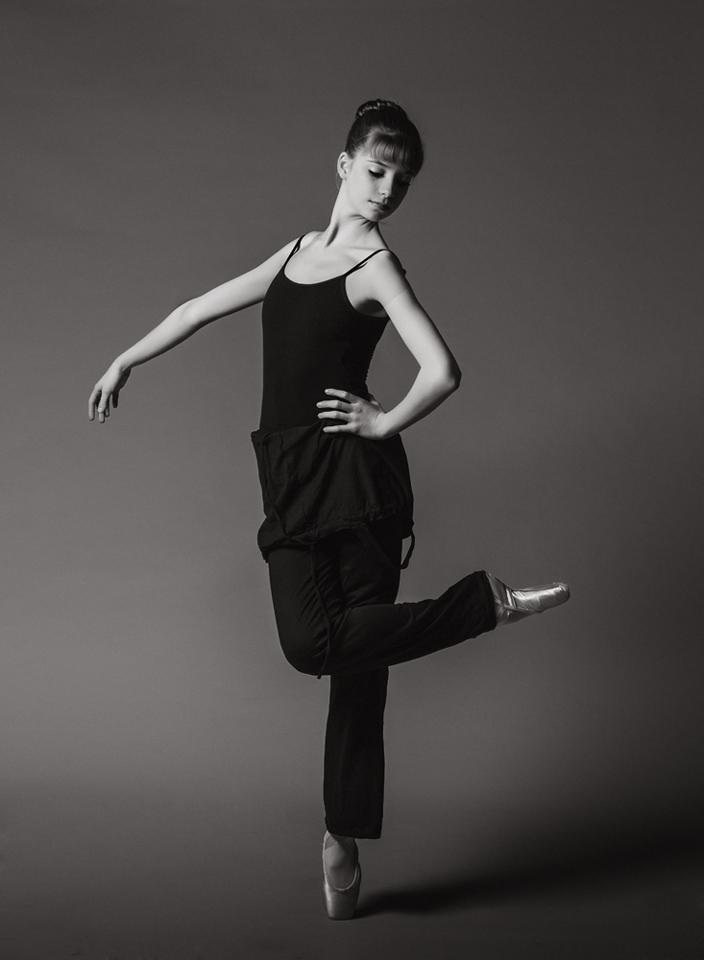 3301-Claire-contrast-dance-CS5-CS5.png