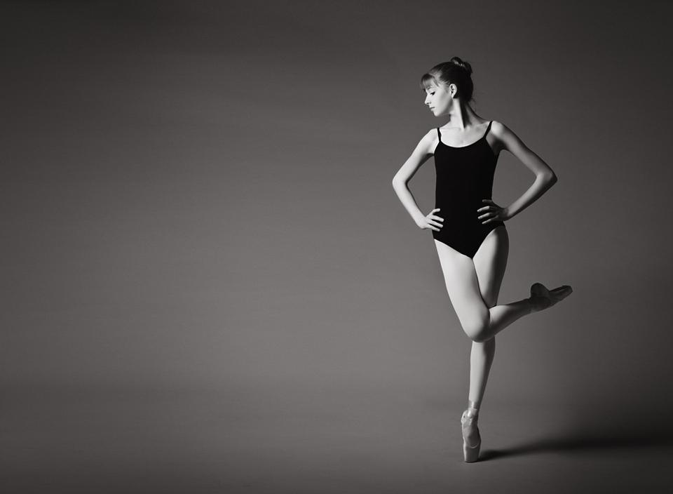 3329-Claire-contrast-dance-CS5-CS5.png