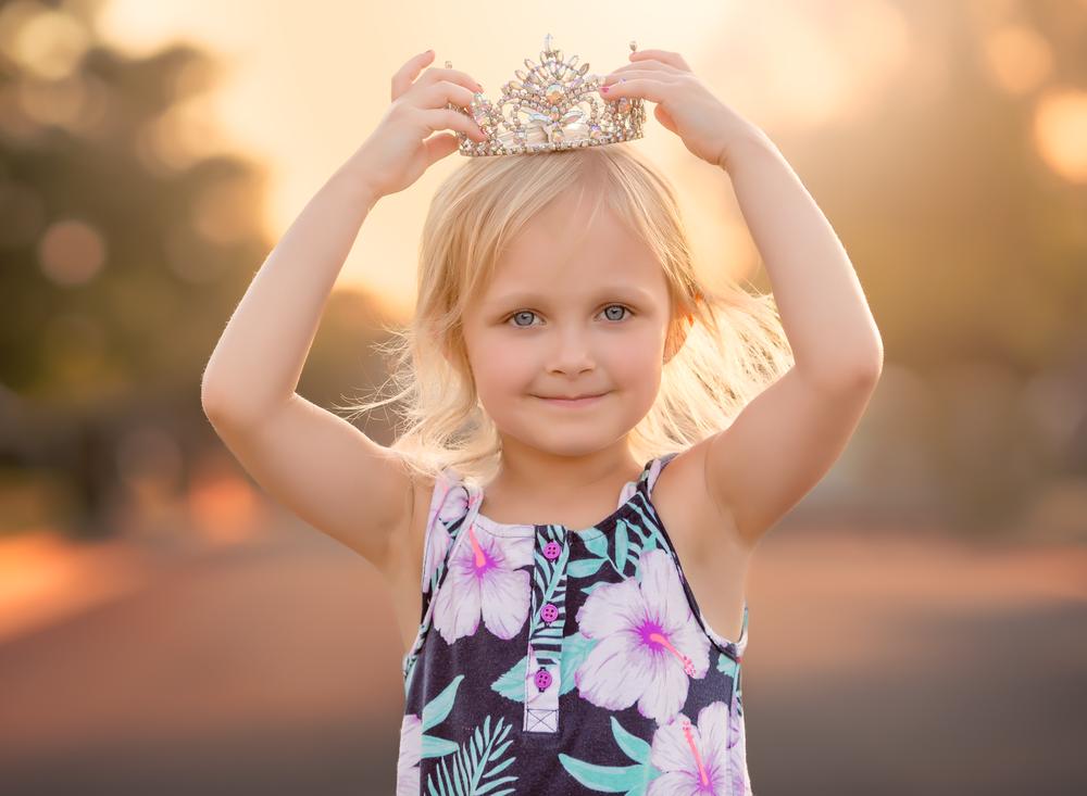 05 princess young girl princess crown backlit portrait golden hour light edmond ok photographer oklahoma city.png