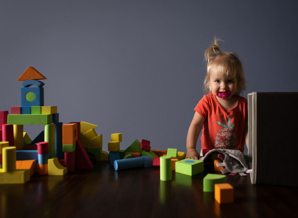 01 playing with blocks building towers children girls sisters blocks natural light edmond ok photographer oklahoma city lifestyle (7).png