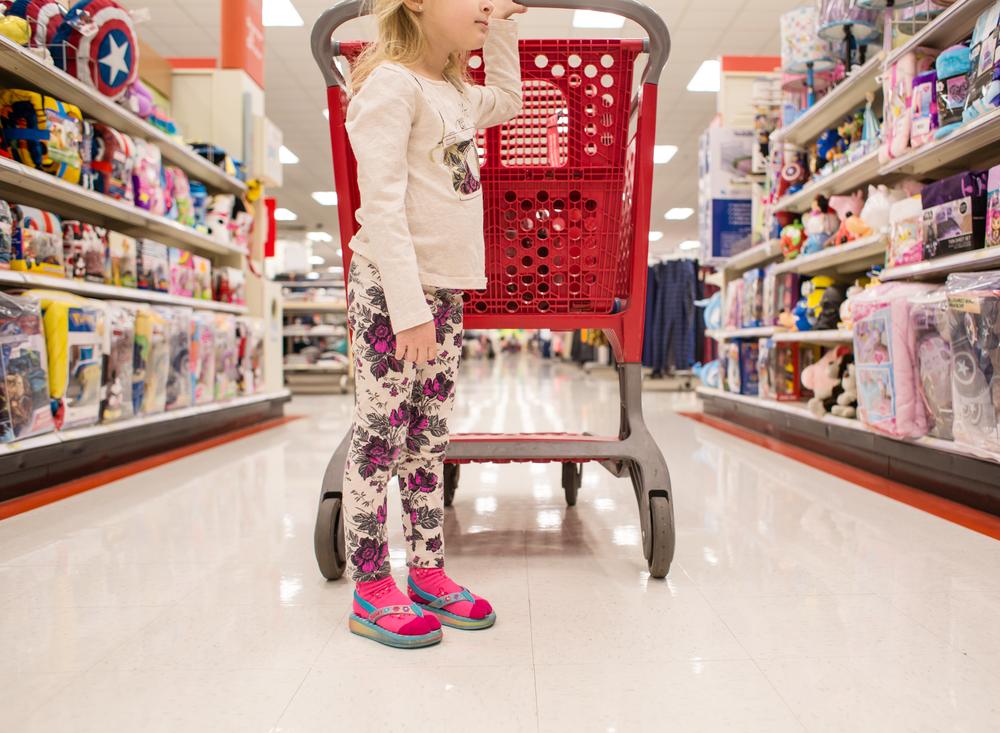 02 fashionista target girl shopping flip flops and socks child edmond ok photographer oklahoma city