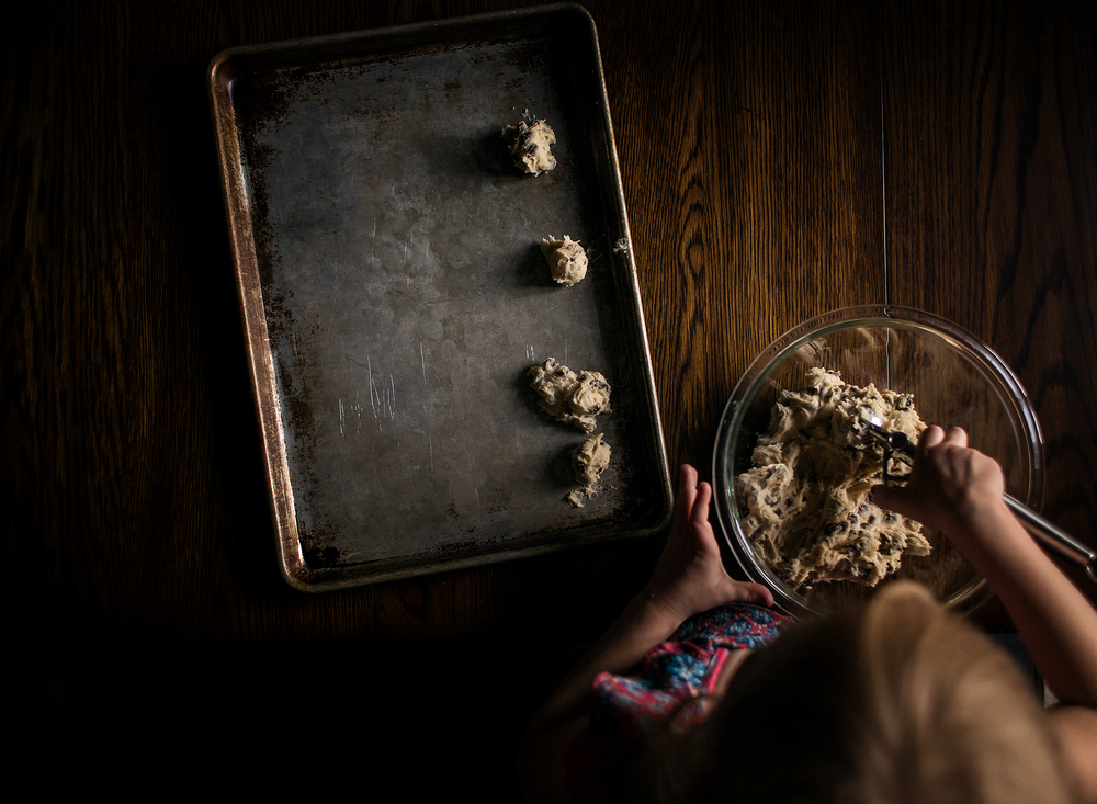 02 cookie time chocolate chip nestle natural light window light lifestyle photography kate luber edmond ok photographer oklahoma city (27).png