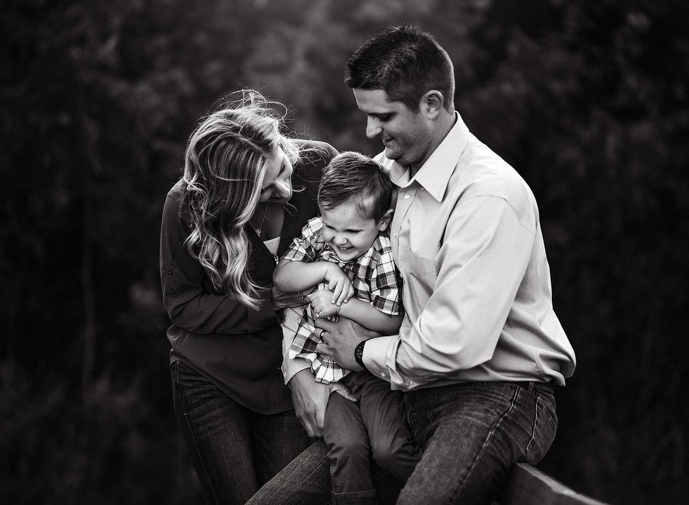 07 fall family photos mitch park edmond oklahoma family photographer kate luber photography okc ok (3).jpg