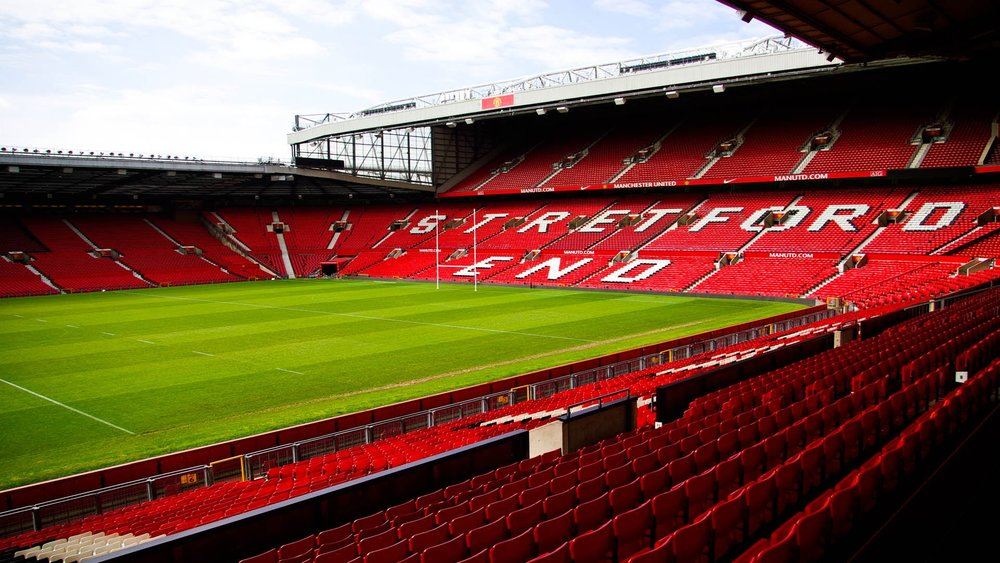 X2 TICKETS FOR MANCHESTER UNITED IN DIRECTOR SUITE,  INCLUDING 4 COURSE DINNER & DRINKS  -