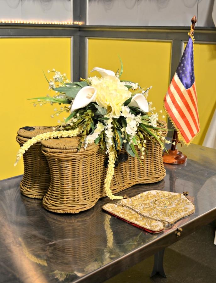 FuneralViewingRoomDetail3.jpg