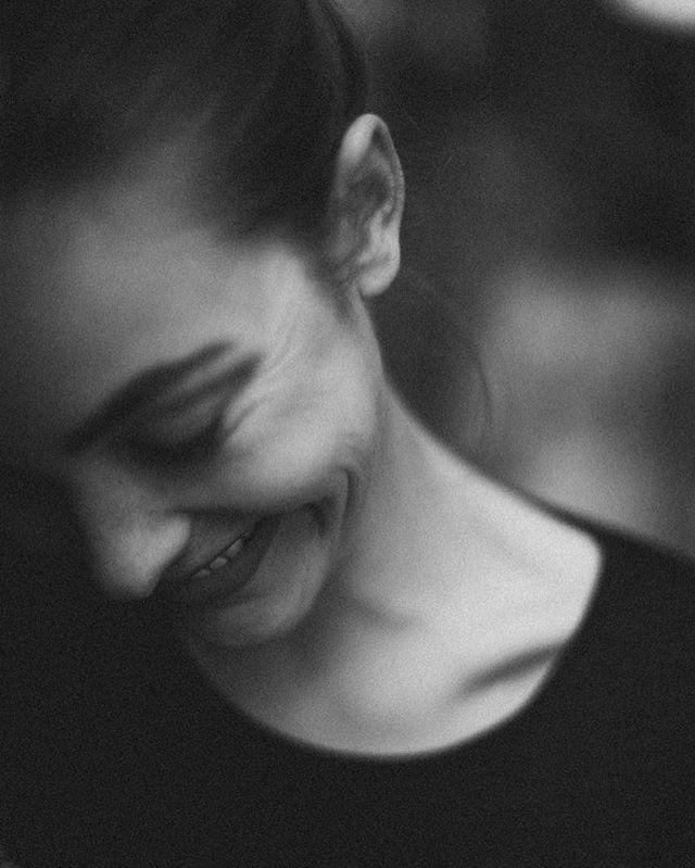 #smile #happyness #simplethings #life #lifelover #bw #blackandwhite #blackandwhitephotography #blackandwhitephoto #suportyourlocalwoman #portrait #woman #girlboss #strongwoman #female #femalefutureforce #femaleempowerment #empowerment #womanforwoman #smart #cool