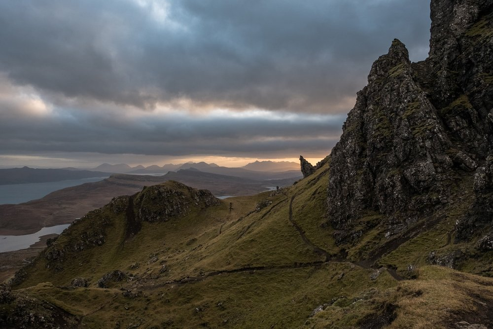 The Old Man of Storr – Fujifilm X-Pro2 & XF16-55mm WR (1/125th, f10, ISO800)