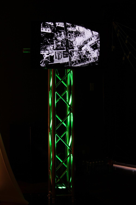 TV Totem Truss