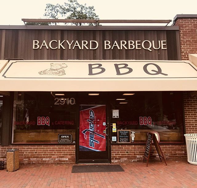 Good luck @CAPITALS from your neighborhood fans at Backyard BBQ❗️🏒❕🏒❗️🏒❕🏒❗️