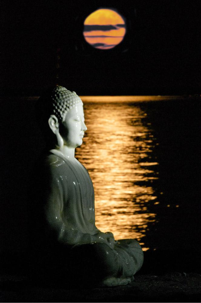Buddha & Moon, Hawthorne Beach