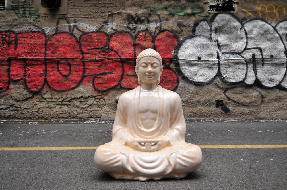 Buddha & Graffiti