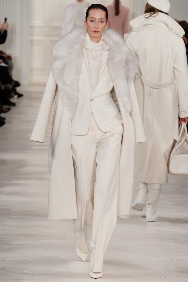Ralph-Lauren-Fall-Winter-2014-2015-Womens-Looks-4-600x899