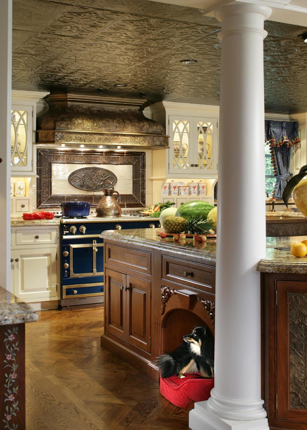 NKBA_Kitchen2015-Pet_Peter-Salerno_2.jpg.rend.hgtvcom.1280.1792.jpeg