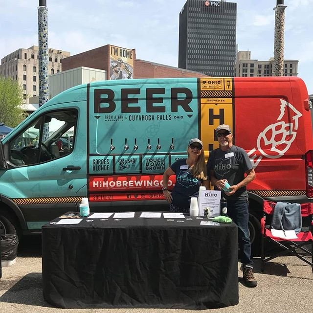 Heigh hoooooo, it's off to Ale Fest we go! Make sure to taste some of HiHo Brewing Company's creations. Just leave your shovel and pick at home. You only need your ID! (Buy tickets online!) Tix: http://akronalefest.com/tickets/  @hihobrewingco @craftymart  #akronalefest #akronalefest2018 #craftbeer #shoplocal